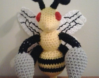 015 Beedrill Pokemon Amigurumi Plush