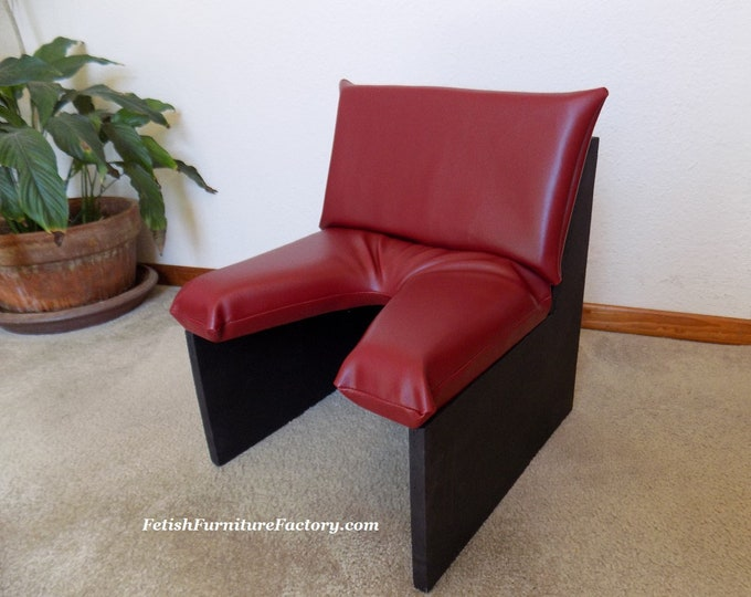 Mature: Face Sitting Chair for Oral sex. Smother Box. Queening Chair FemDom. Dungeon Sex Chair. Rim Seat. Sex Furniture. Sex Toys. Kinky.