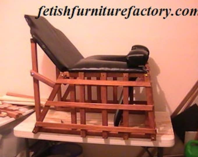 Mature: Face Sitting Queening Chair for Oral Sex. Dominatrix Queening Stool. BDSM Toy, Facesitting Chair, Dungeon, Sex Chair, Dungeon, DIY