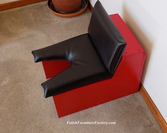 Mature: Queening Chair, Rim Seat, Smother Box, Sex Furniture, Face Sitting, Queening Stool, Oral Sex, BDSM Toy, Do It Yourself Instructions.