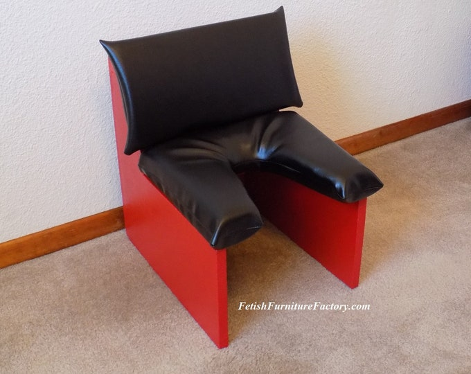 Mature: Smother Box Female Domination. Face Sitting Chair. Queening Chair. Dungeon Sex Chair. Smothering Box. Rimming Chair Sex Toys LGBTQIA