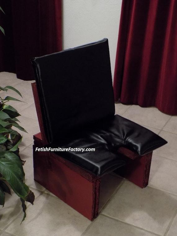 rednecks-furniture-for-oral-sex-teen-movie-clip