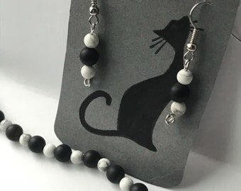 Earring and Bracelet Set/Matte Black/White Howlite Beads/Earrings/Bracelet/Beaded/Matching/Tarnished Silver/