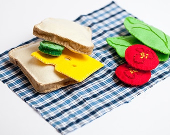felt sandwich, felt food, sandwich set, play food, miniature food, fake food, Montessori toy, kitchen toys, Waldorf toy, ready to ship