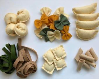 felt pasta set of 3, felt pasta, felt food, play food, Montessori toy, Waldorf toy, Pretend food, kid's Kitchen toys, Playhouse, fake food