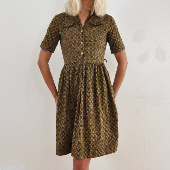 Vintage 50s Tan Abstract Print Shirtwaist Cotton D