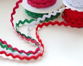 Ricrac - Hot Pink, Red, Green, White - Crafts and Costumes - Ric Rac/Rick Rack Trim - 15mm Wide