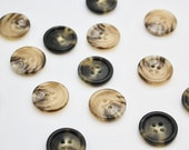 High Quality Horn Effect Classic Four Hole Buttons 20mm