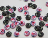 Camouflage Buttons - Army Camo - Pink/Grey Camo - 18mm - Four Hole Sew Through Button