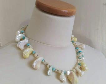 Vintage shell necklace 80s
