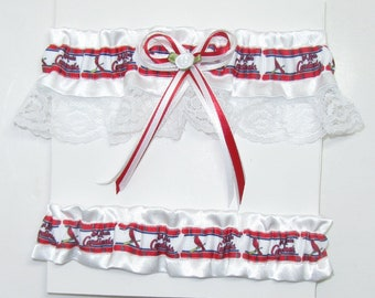 House Divided White St Louis Cardinals Wedding Garter Set with Your Team