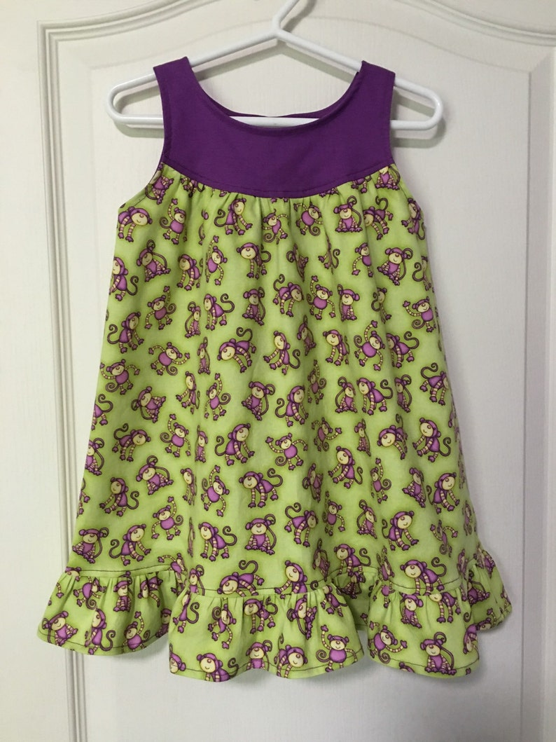 Toddlers Nightgown 100/% Cotton Girls Size 2 Nightgown Monkeys Childs Summer Nightgown