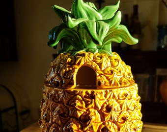 Decorative Pineapple for Condiments or Honey