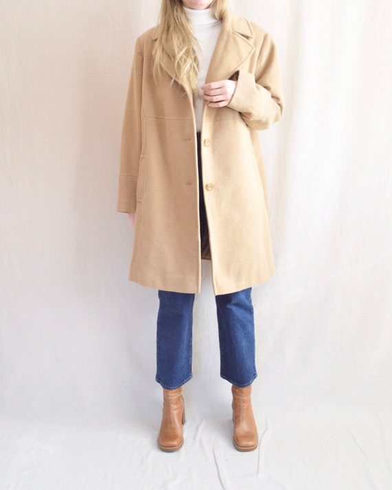 camel tan larry levine wool coat with oversized co