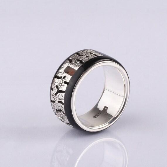 Men Wedding Band Unisex Ring sterling silver and ruby Wedding Rings Wedding ring Ruby inlay Unusual wedding ring