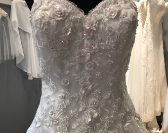 14  Lace and Floral Wedding Dress   Ivory Lace with 3D blush flowers    Princess Wedding Dress   Wedding Gown   Train   Gorgeous   Fitted e1b34c64a531