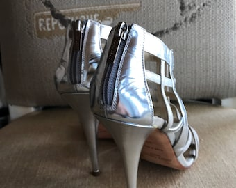 9/ 38/ Bridal Strappy Sandals / Silver Sparkle / Ankle Straps/ Silver Pump / Silver Buckle / Gorgeous / Heels