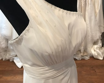 gorgeous ivory chiffon wedding gown   wedding gown   clear beaded top and  one strap   size 12  informal wedding   vineyard   beach   de401f4b3f23