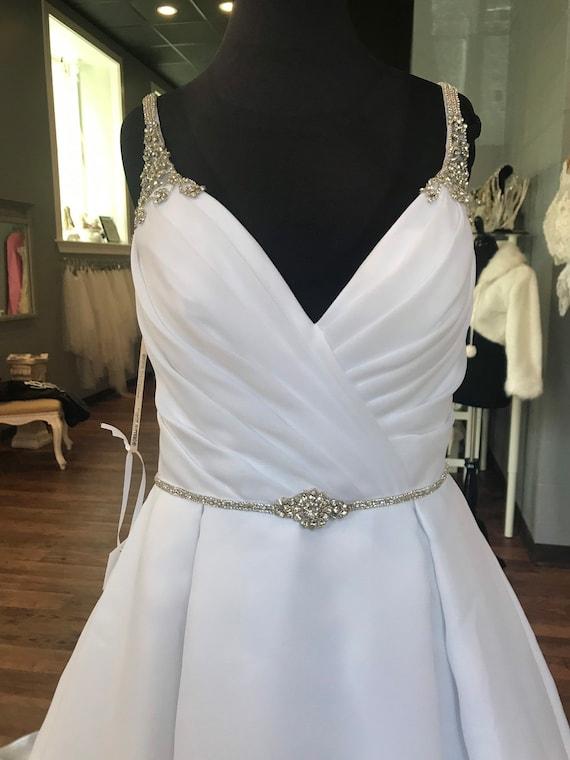 12 Debutante Princess Wedding Ball Gown Beaded Top