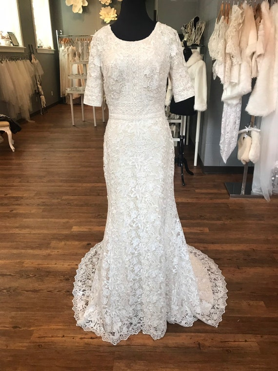 14 Ivory Lace Shortsleeve Wedding Dress Sleeves Ivory Wedding Gown Train Gorgeous Lace Dress Scallop Edge Train