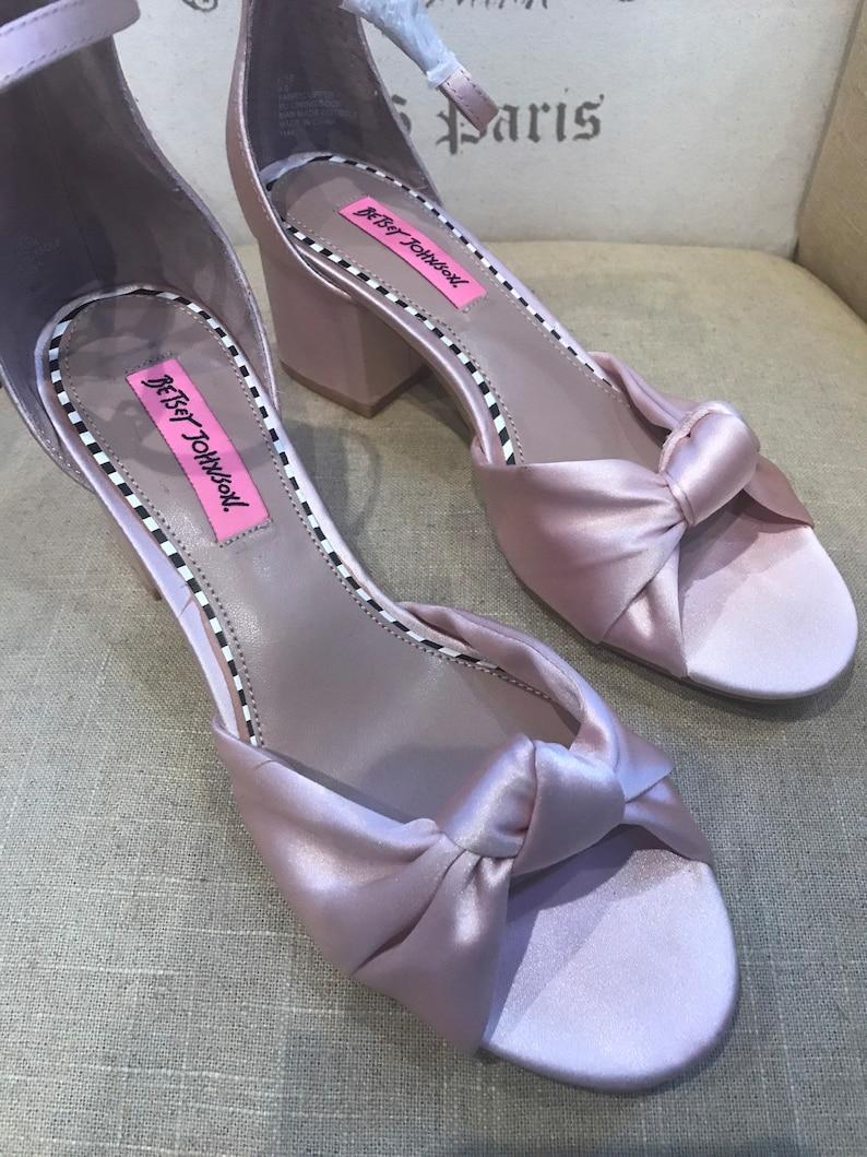 88b79d88df95 8   Pink Designer Block Heel Sandals   Designer Dusty Pink