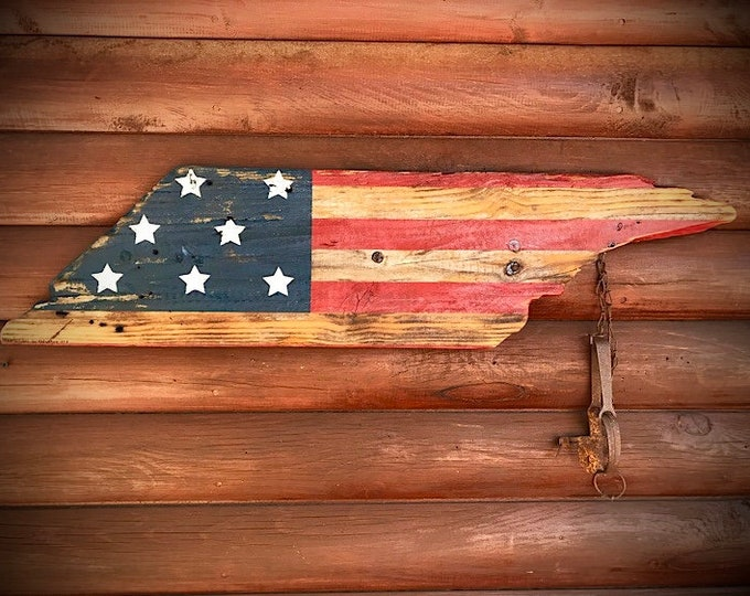 American flag on reclaimed solid wood, vintage recycled barn wood, patriotic American flag, rustic home decor, country farmhouse decor, flag