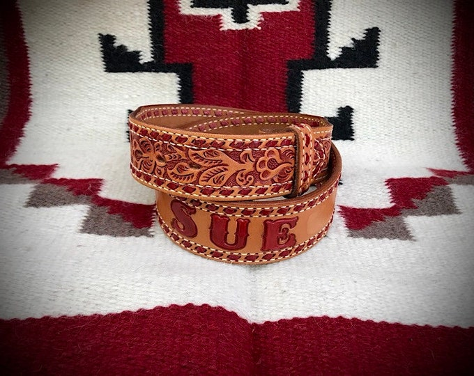 Vintage western leather belt, ladies leather belt, tooled, red leather buckstitch and stamped with name Sue, size 30, excellent condition,