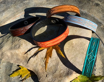 Carved leather cuff bracelets, rustic colored finish, snap closure, boho hippie, western retro fashion, 8 in. long x 1/4 in. wide, leather