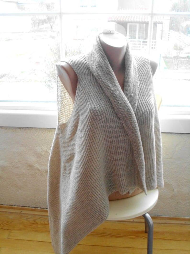dccecccf463e8 Hand knit vest Womens vest Womens sweaters Plus size Sleeveless Gray vest  Beige Hippy vest Boho Vest Womens top Loose knit vest Knit jacket