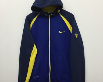 7be107316d Nike Jacket Nike Therma Fit Colourful Fleece Lining Hoodie Sweater Jacket Activewear  Sportswear Size L