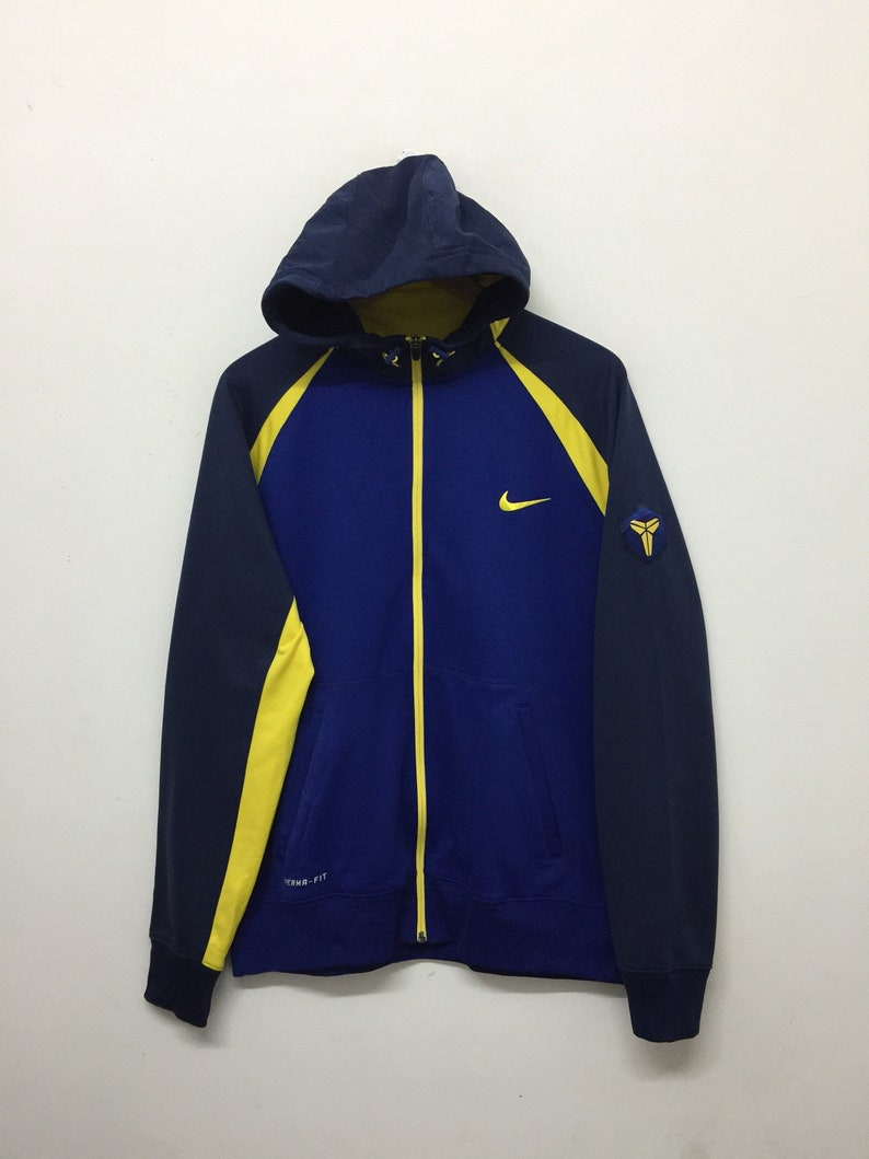d74be2f5dcec Nike Jacket Nike Therma Fit Colourful Fleece Lining Hoodie