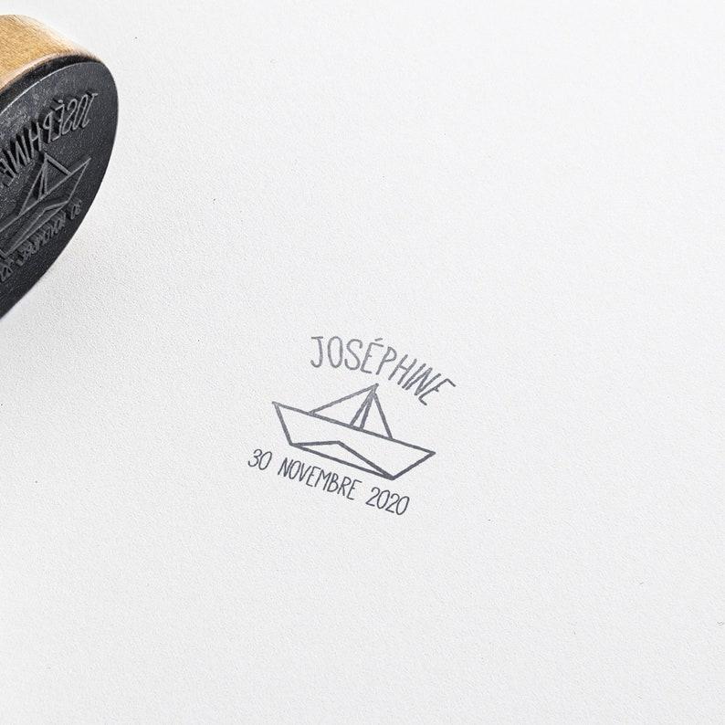 wholesale dealer ce5eb 6c32a Nascita di buffer personalizzato Petit Bateau, legno di buffer fatto su  misura, gli inviti di busta di timbro, buffer di personalizzati bambino,  barca ...