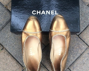 fcb5e650f Vintage authentic bronze metallic CHANEL ballet flats!