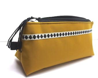 """Pencil case """"mustard"""""""