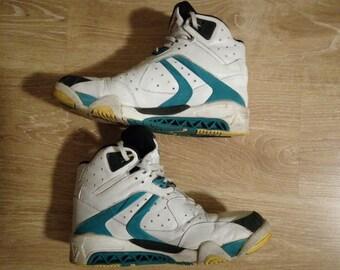 734ead2fcbc2 Reebok Pump 1989 sneakers