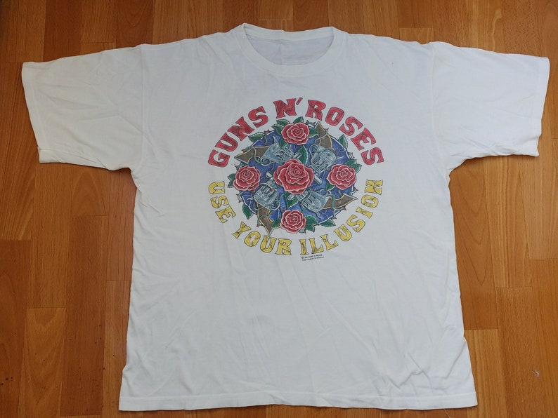cc57e0e99f5b5 Guns N Roses T-Shirt 1991 Tour authentic Use Your Illusion, Vintage 90s  Guns 'N Roses G&R All Over Print Heavy Metal Hard Rock old school XL