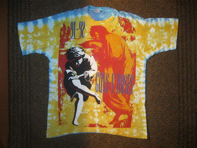 20ef8f72313d5 Guns N Roses T-Shirt 1991 Tour authentic Tie Dye Use Your Illusion 1991-92  Vintage Guns 'N Roses G&R All Over Print Heavy Metal Hard Rock XL