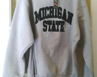New MICHIGAN SPARTANS sweatshirt, Steve and Barrys Michigan State shirt, longsleeve shirt, vintage, 90s hip-hop, old school NFL, size M, nwt