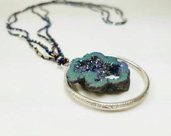 Long necklace. Quartz necklace. Natural stone necklace. Original necklace. Striking necklace. Lucid necklace. Silver necklace.