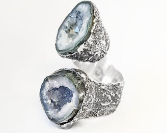 925 Sterling Silver and Quartz Geode Ring. One-of-a-kind ring. Single Piece. Original Ring. Silver ring with raw crystal.