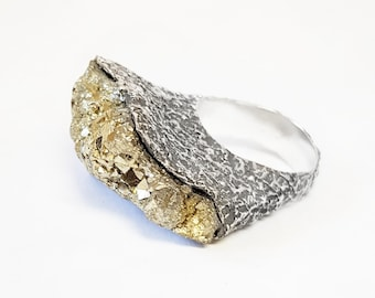 Raw Stone Ring. Pirite Ring and Sterling Silver 925. One-of-a-kind ring. Single Piece. Original Ring. Raw crystal ring