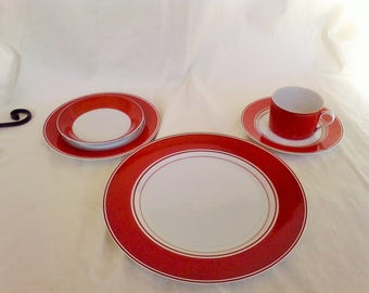 Fitz and Floyd Dinnerware set Service for 4 , Rondelet,Rouge pattern, 1975,