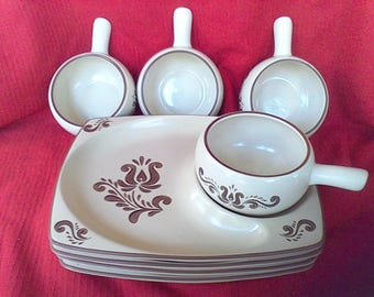 Pfaltzgraff, Soup and Sandwich Tray, Village, 4 trays 4 soup bowls, Snack set,Stoneware, pottery, ironstone