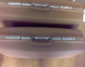 Suitcase ,old luggage, Pullman,  with Key, Samsonite, Survivor Series
