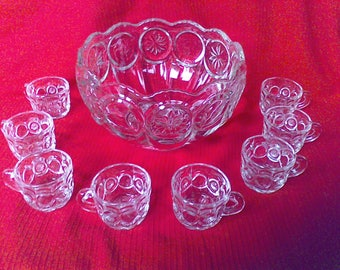 Punch Bowl Set, Entertaining Dining, fine dining, Wedding, Party, Heavy Glass, Star