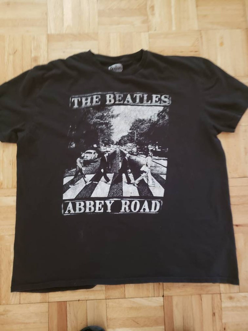 The Beatles Abbey Road Tee Shirt Black  graphic tee shirt Xlarge black tee shirt 100 percent cotton