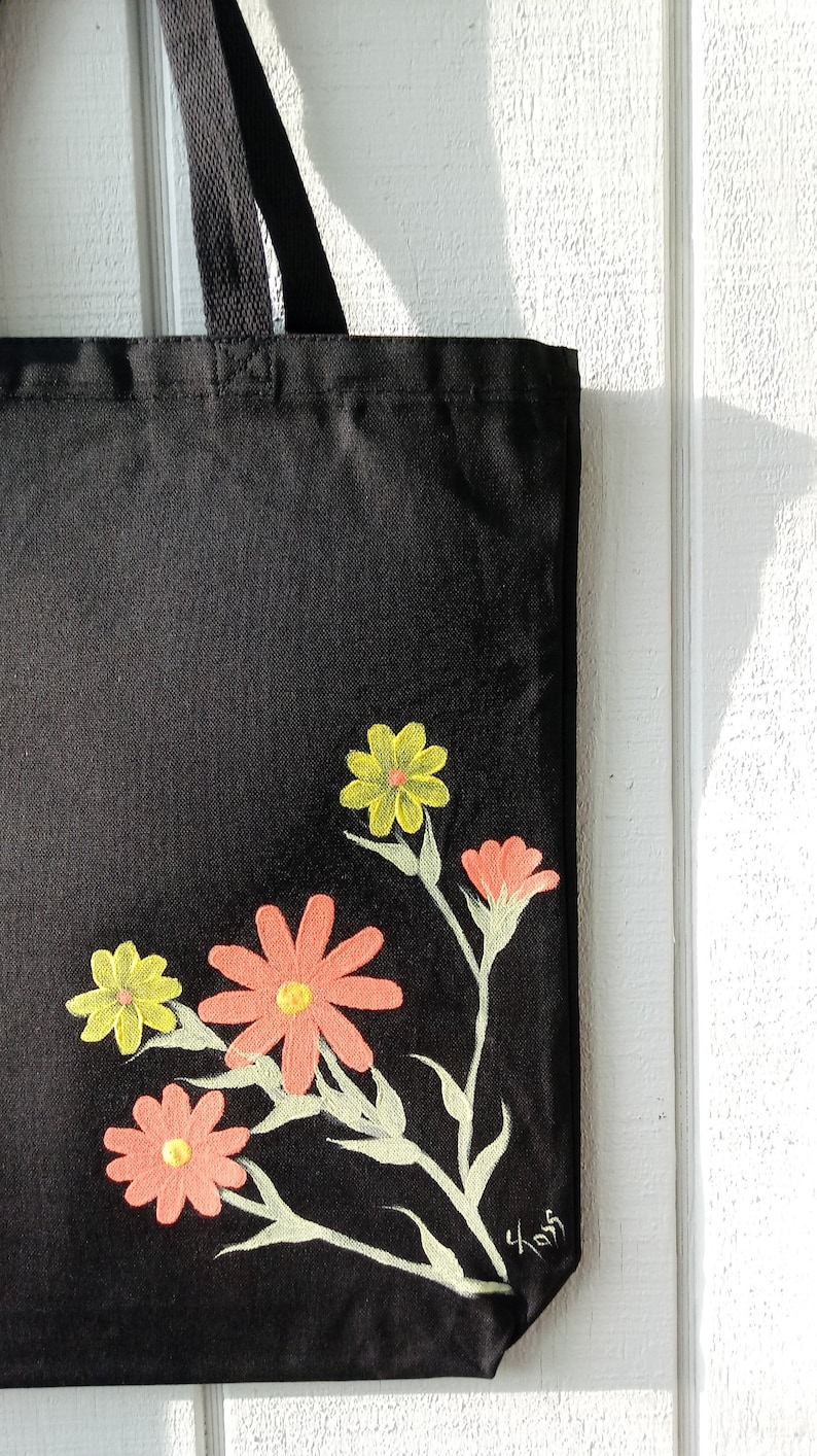 New Hand Painted Canvas Tote Bag Daisies Christmas Birthday Gifts Anniversary House Warming Bridal Shower Gifts Thank You