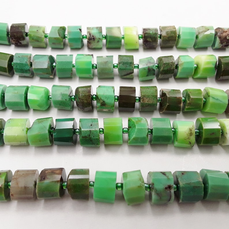 Chrysoprase Faceted Wheel Shape Approx 7x9mm 15.5 Strand image 0