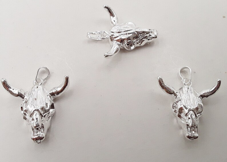 Cow Skull Pendant Resin Silver or Gold Plating Size Approx image 0