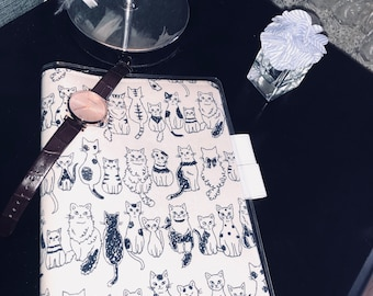 Kitty Katty In a Raw ** Handmade Hobonichi Techo/Cousin Cover// Hobonichi A5/A6 Planner Cover// Leuchtturm A5 Cover